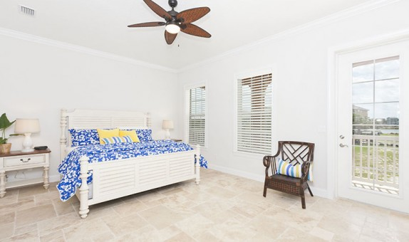 master-bedroom-back-entrance-22cb